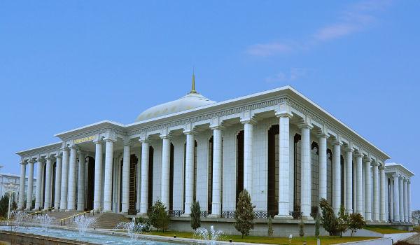Türkmenistanyň Mejlisinde Duşuşyk