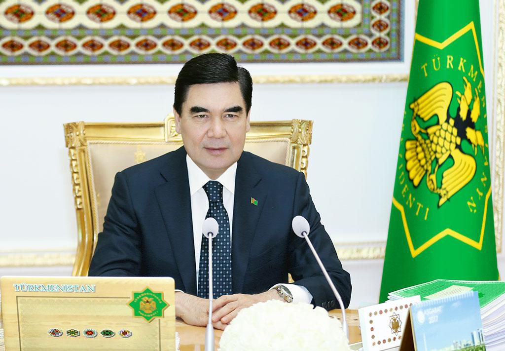 Türkmenistanyň Prezidenti Buýruga Gol Çekdi